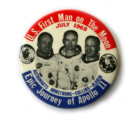 Apollo 11 Badge - Pics about space